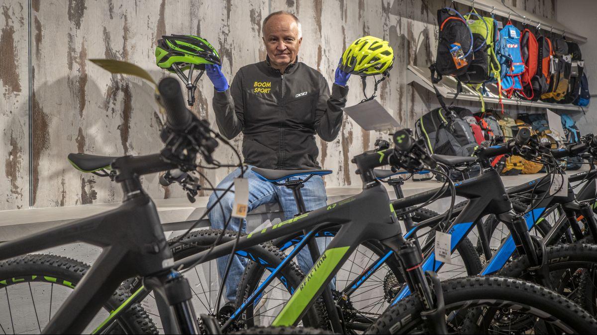 Würde gerne wieder Kunden direkt bedienen, muss aber zuwarten: Jürg Roth von Boom Sport.