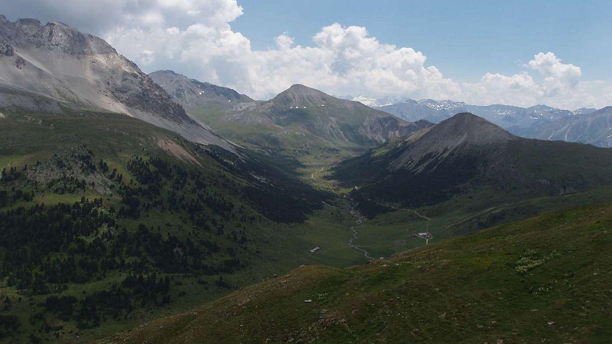 L'Alp Astras Tamangur sül territori dal cumün da Scuol. fotografia: Flurin Andry