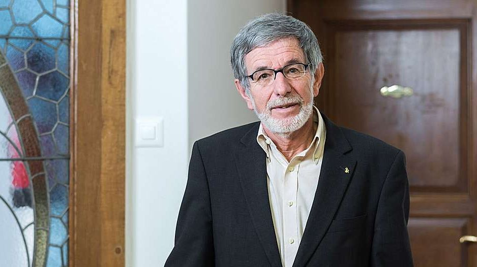 Il president da la Lia Rumantscha, Johannes Flury, tschercha ün nouv secretari generel (fotografia: Lia Rumantscha).