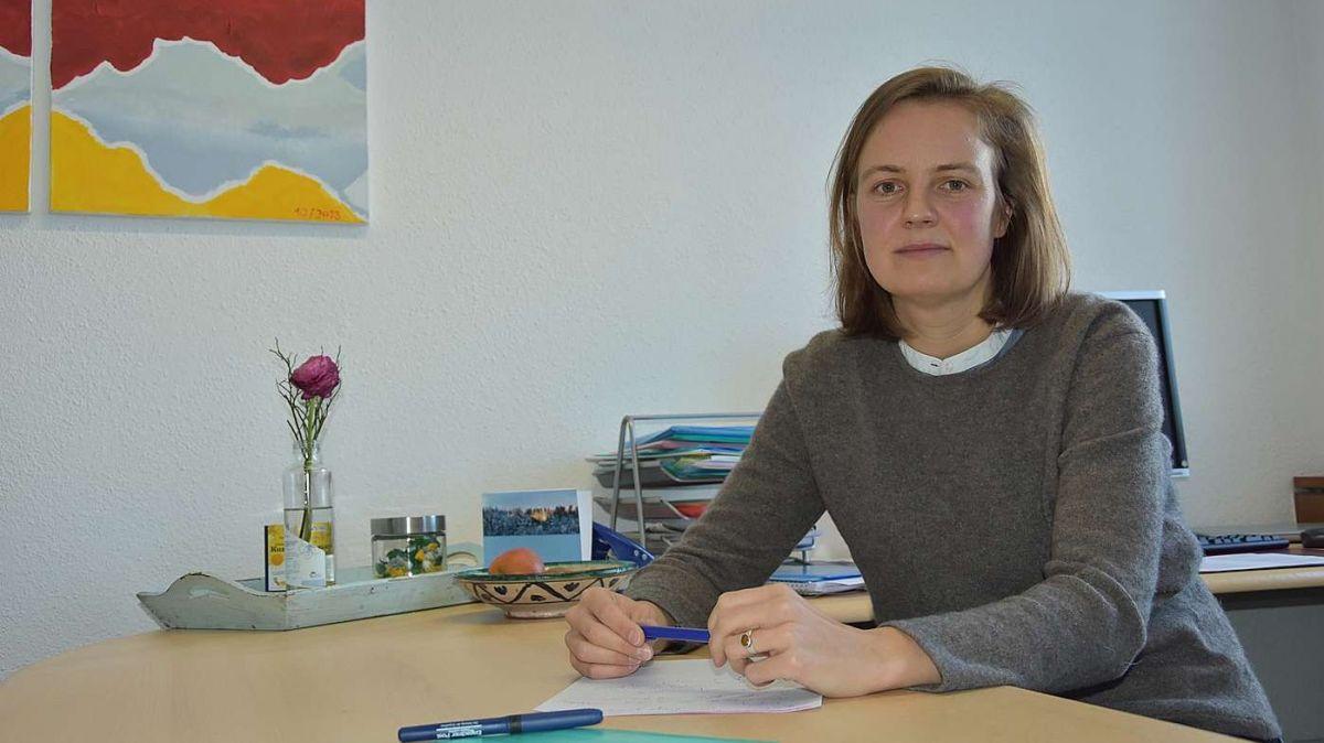 La sviluppadra regiunala Martina Schlapbach ha cusglià ils affars ed inizià progets regiunals dürant la pandemia dal coronavirus (fotografia: Nicolo Bass).