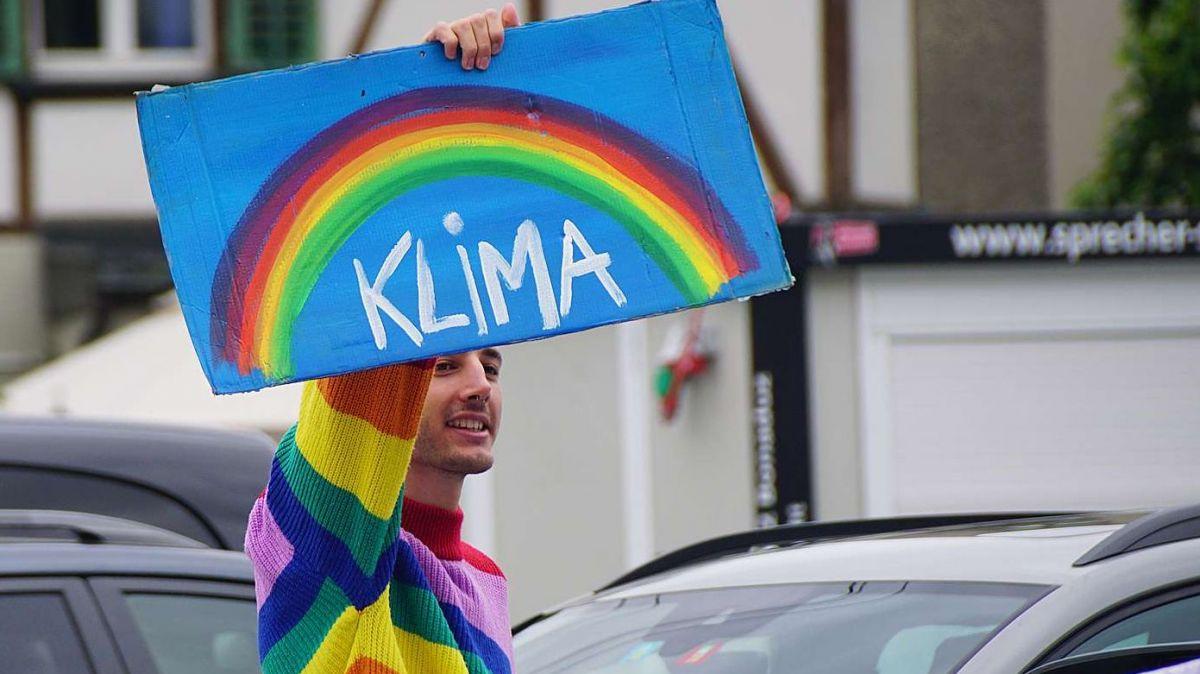 Demonstration der Klimabewegung Graubünden vor der Churer Stadthalle. Foto: Jon Duschletta