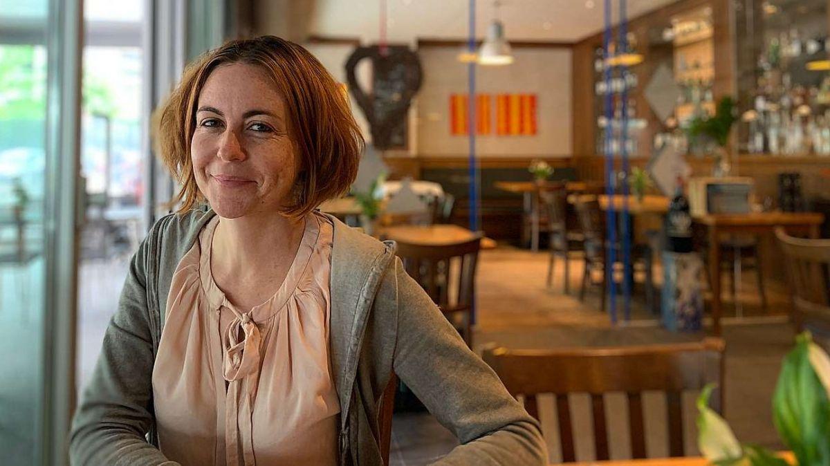 Flurina Plouda instruescha cuors da rumauntsch online. Fin in dumengia as po s'annunzcher per il cuors intensiv da sted (fotografia: Gianna Duschletta).