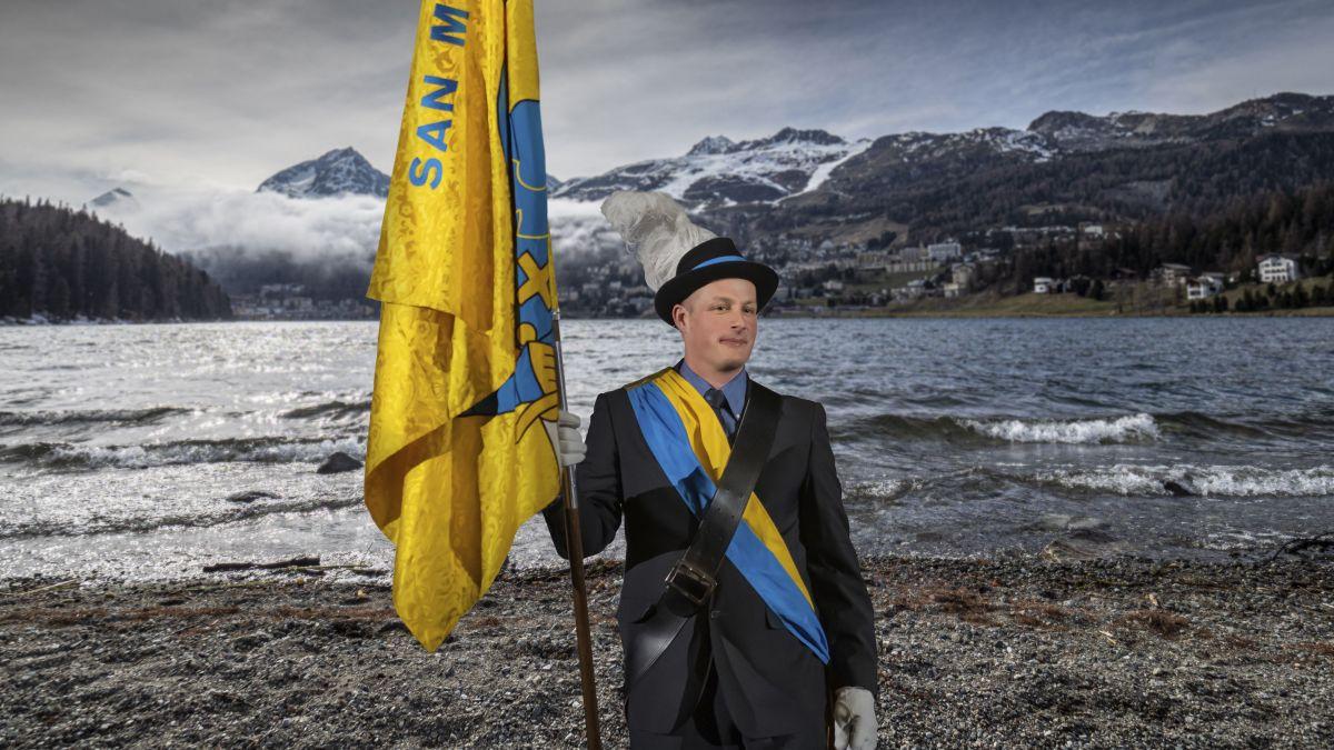 Roman Fadri Bischoff amtet in St. Moritz als Gemeindeweibel.