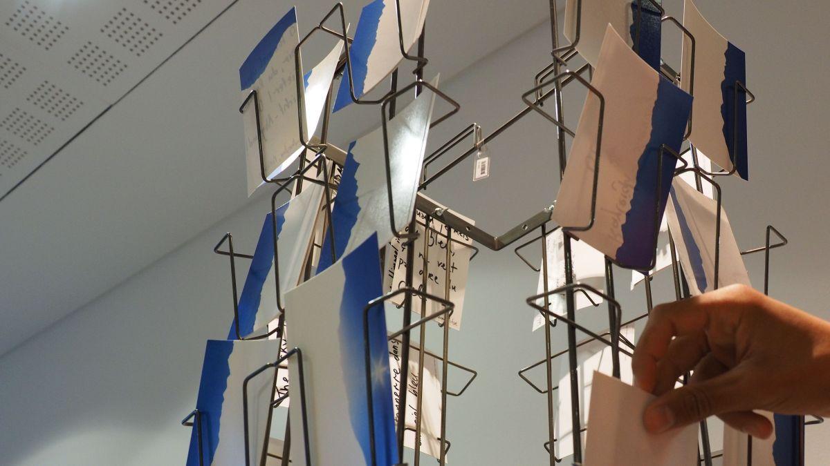 Ausschnitt aus der Installation «Blue is my color»
