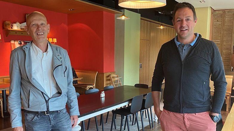 Daniel Koch (links) und ESM-Geschäftsführer Menduri KasperFoto: z. Vfg