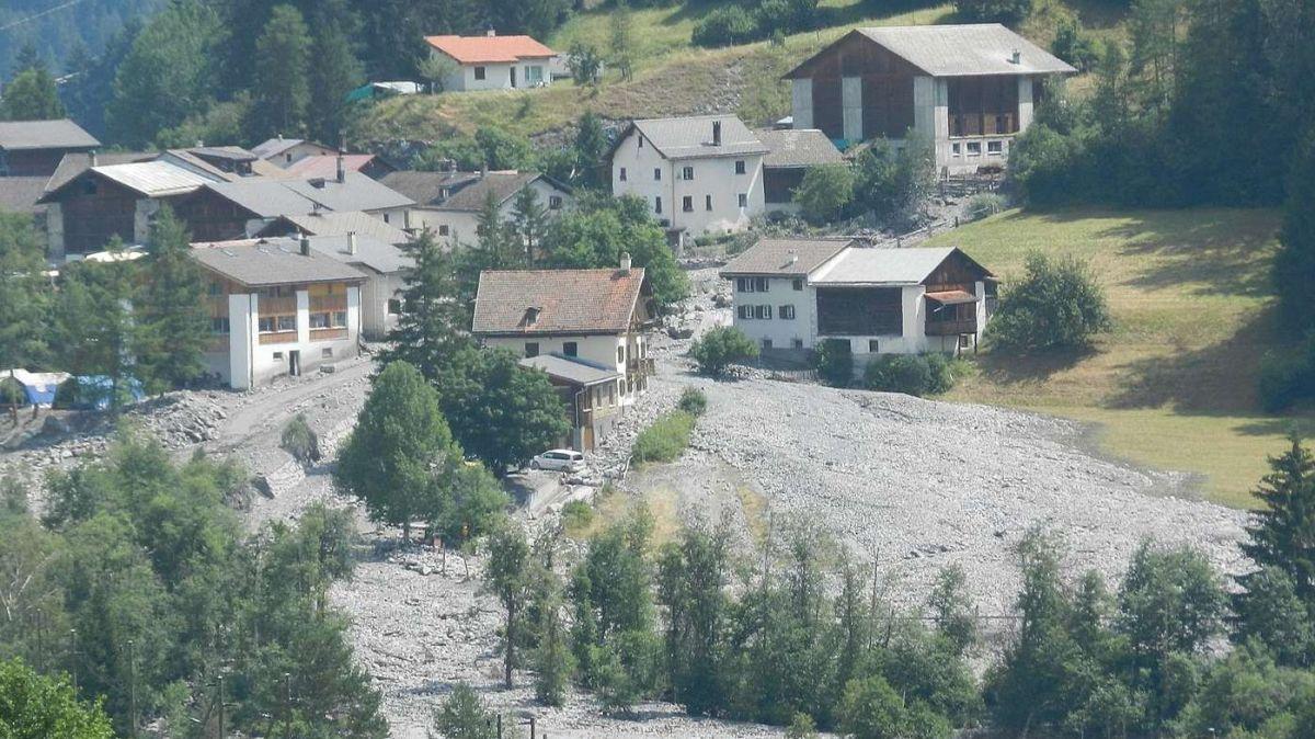 Las devastaziuns d'avant tschinch ons illa fracziun da Pradella. (fotografia: Annatina Filli)