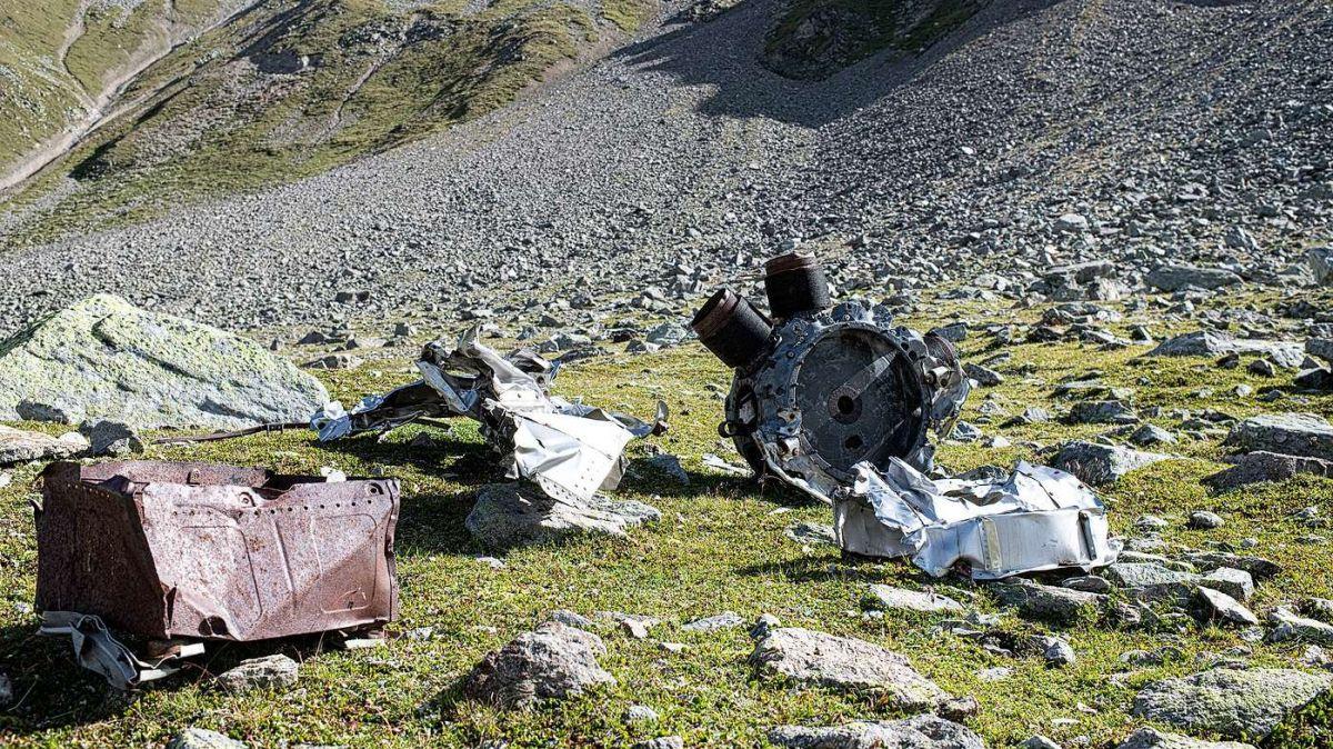 Noch heute finden sich Teile des Bombers vom Typ B-17 Flying Fortress oberhalb von 2700 Metern Höhe in der Val S-charl (Foto: Mayk Wendt).