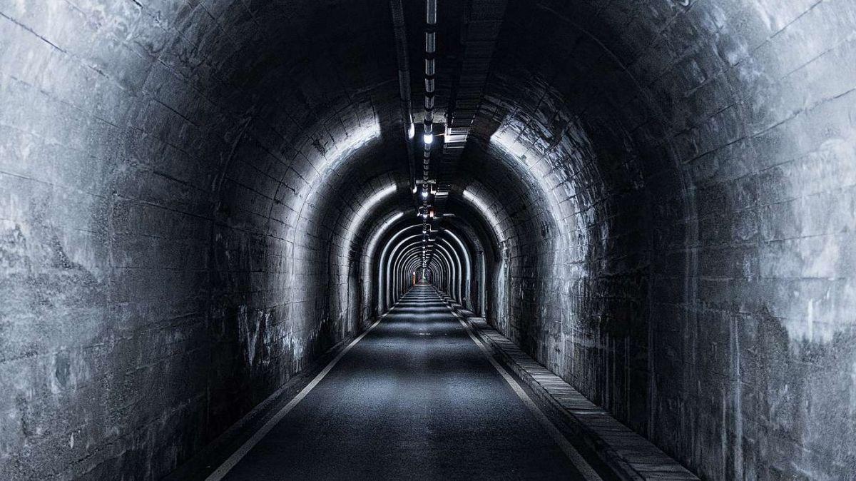 Causa la renovaziun resta serrà il tunnel Munt La Schera ils prossems trais mais.  fotografia: OEE