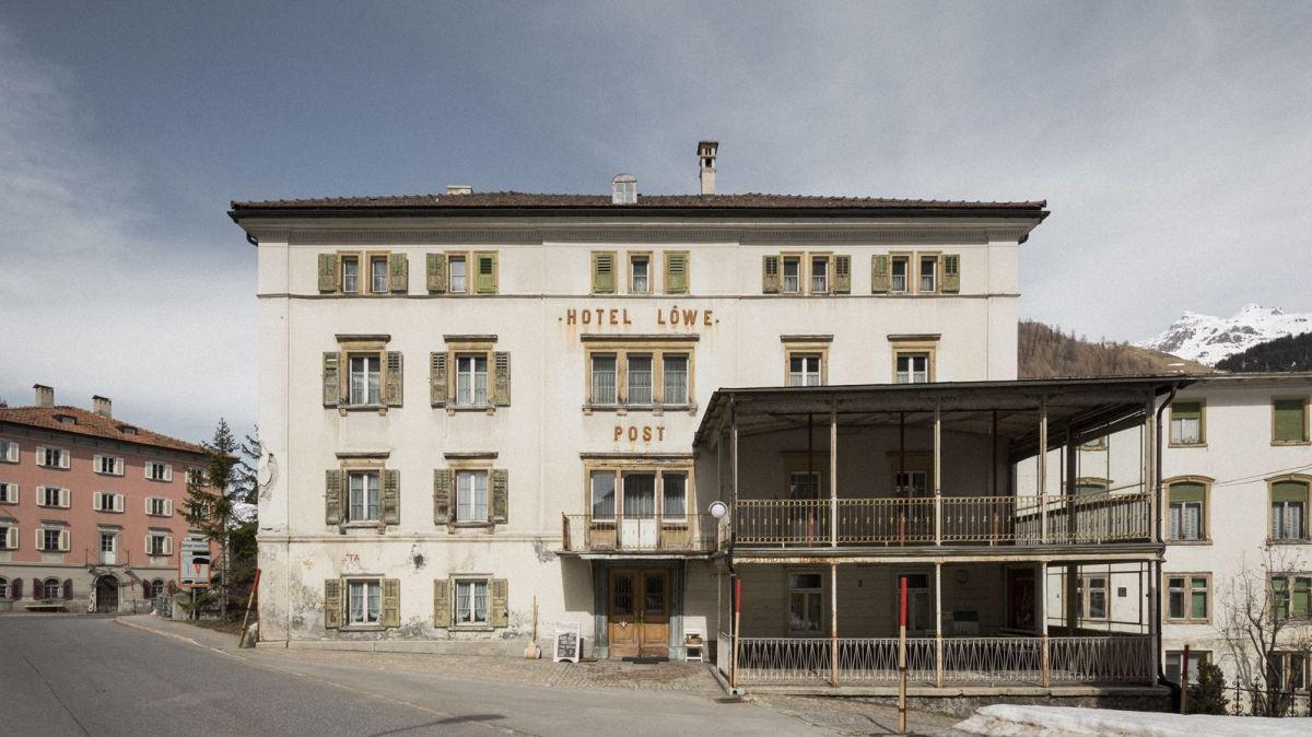 Das Hotel Löwen in Mulegns. Foto: Bejamin Hofer Fotografie