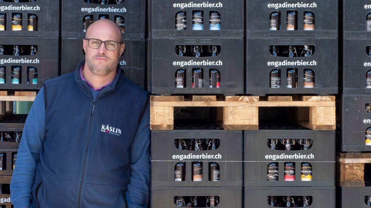 Daniel Käslin sucht nach neuen Lösungen für die Zukunft des Engadiner Biers. Foto: Daniel Zaugg