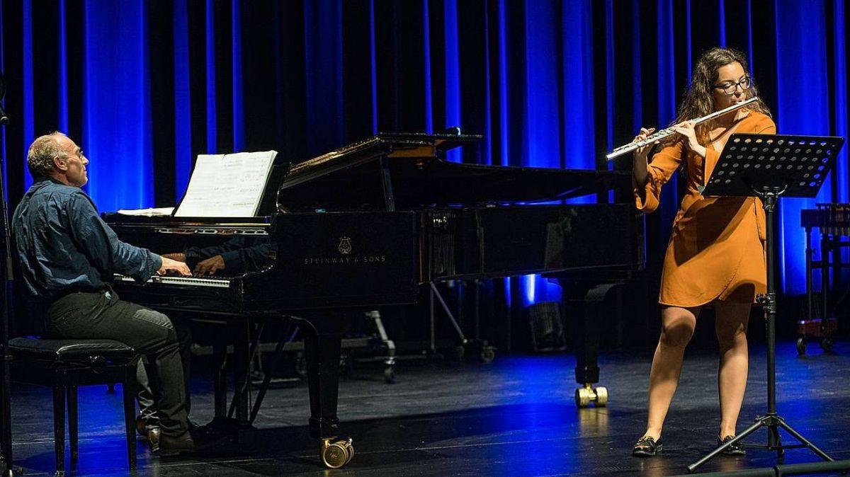 Per Luana Pereira Teixeira es steda la rangaziun da finalista tal «Prix Musique» ün mumaint da grand plaschair (fotografia: Tobias Kühn/Unisono).