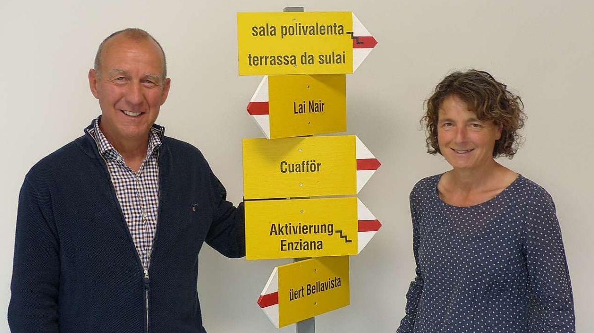 Roland Weber e Rebekka Hansmann pronts per inchaminar vias nouvas (fotografia: Flurin Andry).