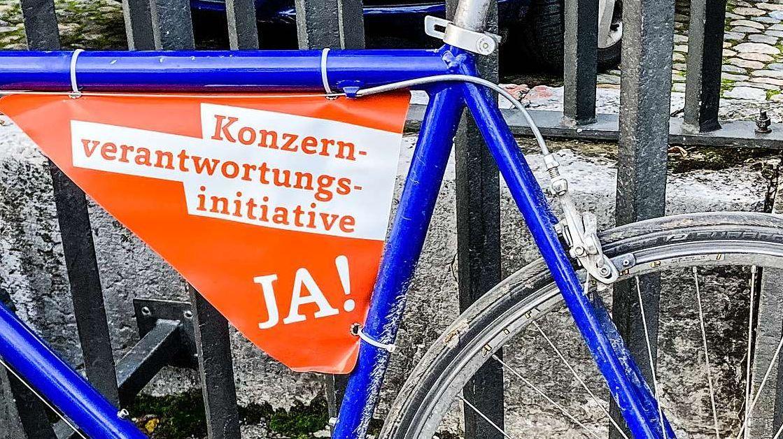 Am 29. November wird in der Schweiz über die Konzernverantwortungsinitiative entschieden. Foto: Jon Duschletta