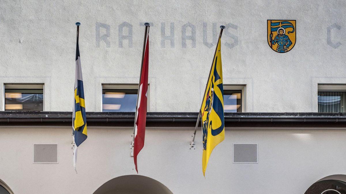 Wird der St.Moritzer Souverän die neue Verfassung annehmen? Am 29. November werden im Rathaus die Stimmen ausgezählt.Foto: Daniel Zaugg
