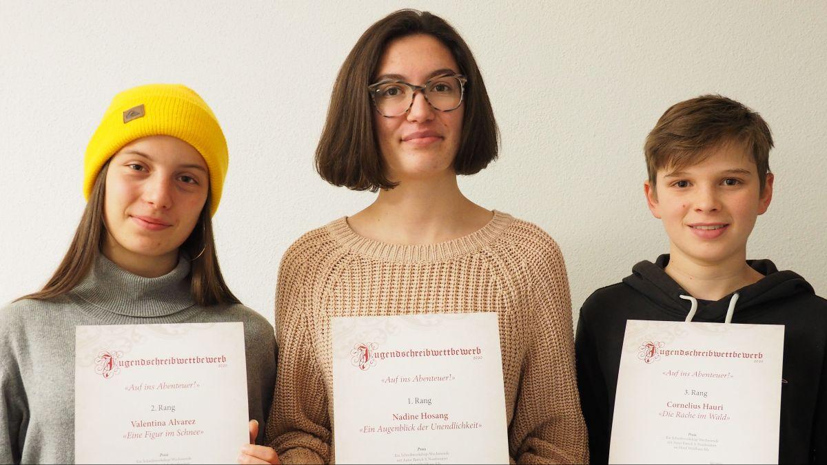 Zwei Mädchen und ein Junge sind die Sieger von 2020 (von links): Valentina Alvarez, Nadine Hosang und Cornelius Hauri.