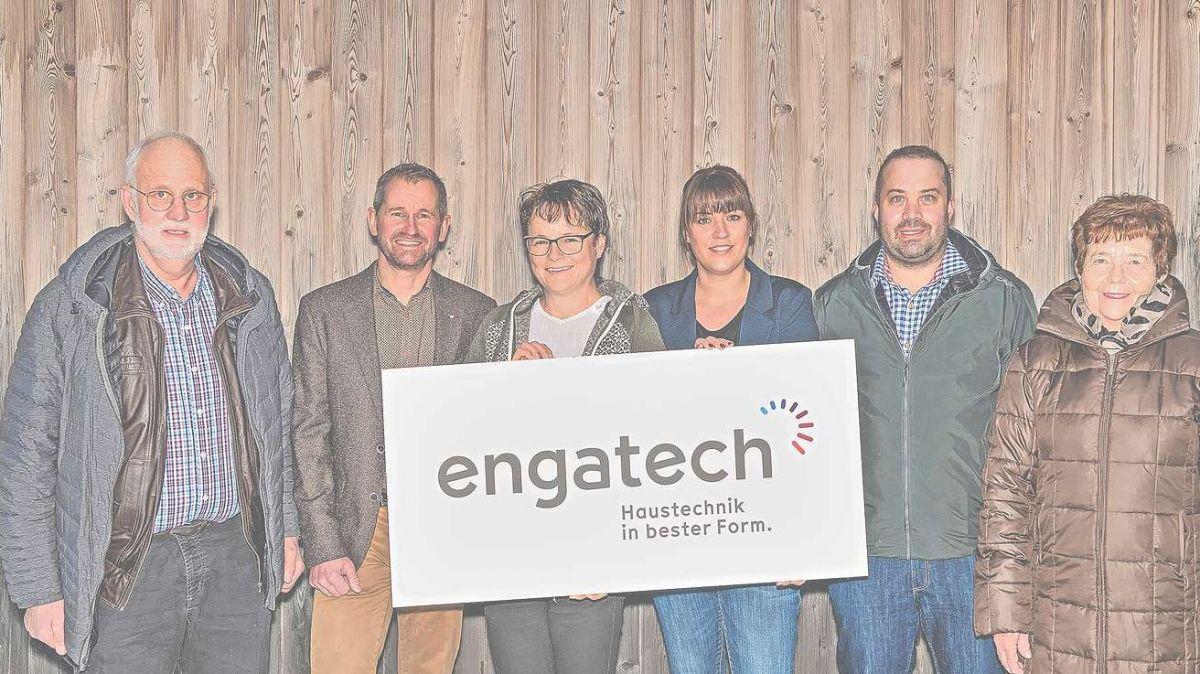 Von links: Lorenz Lehner, Roger und Karin Tremp, Martina, Gian Andri und Elisabeth Lehner. Foto: z.Vfg