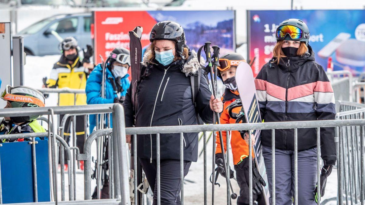 Verkaufsbeschränkung führt zu 23 Prozent weniger Umsatz bei den Bergbahnen in Graubünden (Foto: Daniel Zaugg).