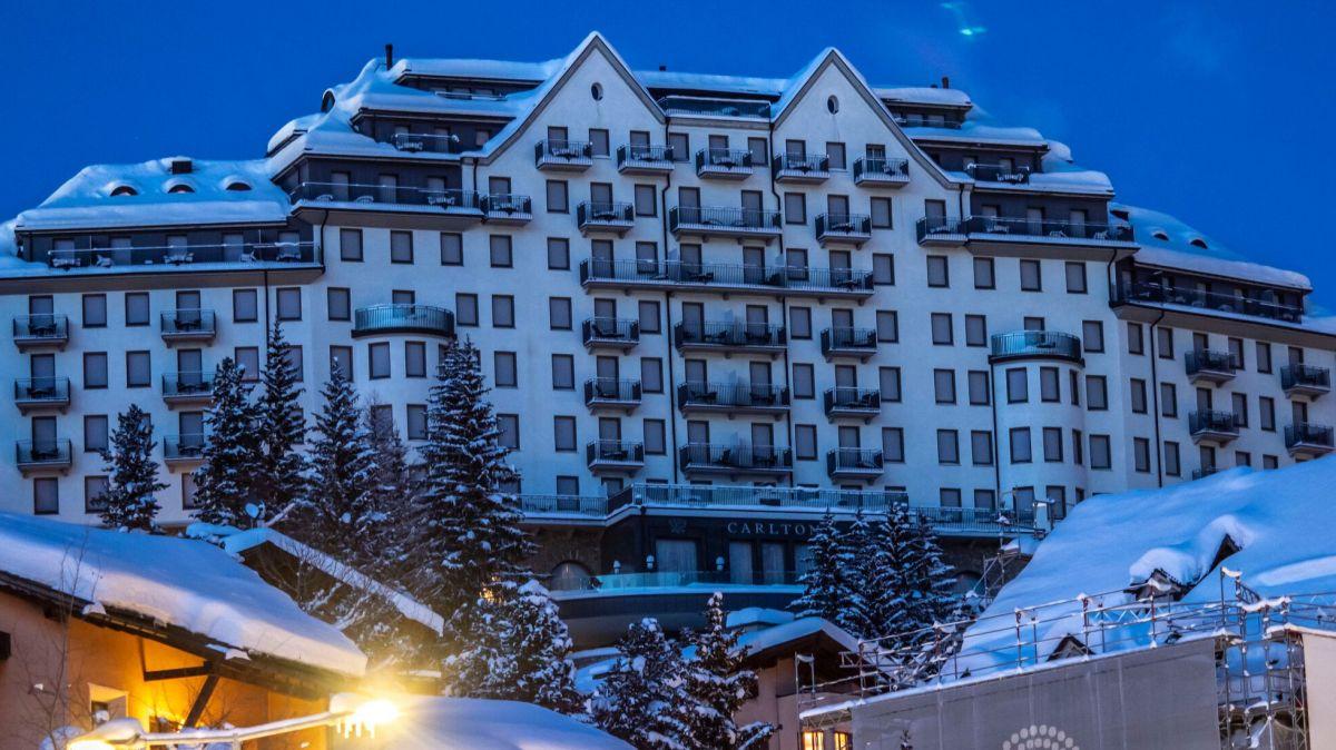 Im Luxushotel Carlton St. Moritz sind die Lichter (vorübergehend) aus. Foto: Daniel Zaugg