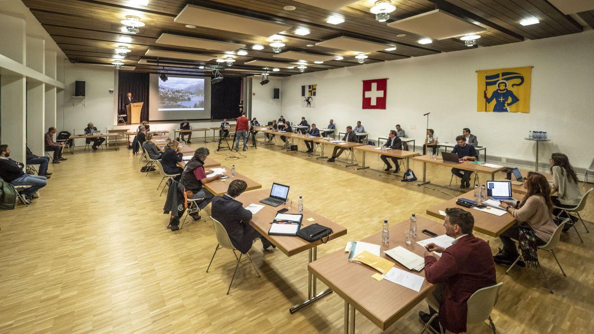 Das letzte Wort zu Beschlüssen des St.Moritzer Gemeinderats haben die Stimmberechtigten. Gehören bald auch Ausländer dazu? Archivbild: D. Zaugg
