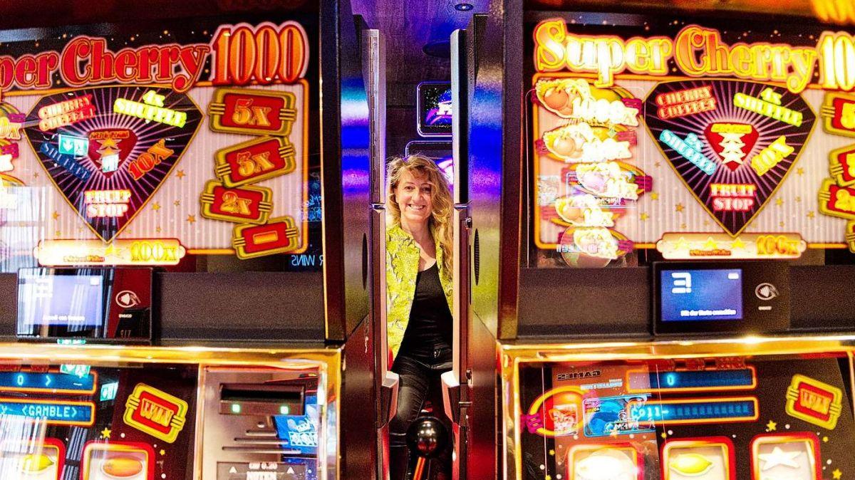 Casino Direktorin Carmen C. Haselwanter hofft, das Casino St.Moritz am neuen Standort baldmöglichst öffnen zu können.Foto: Jon Duschletta