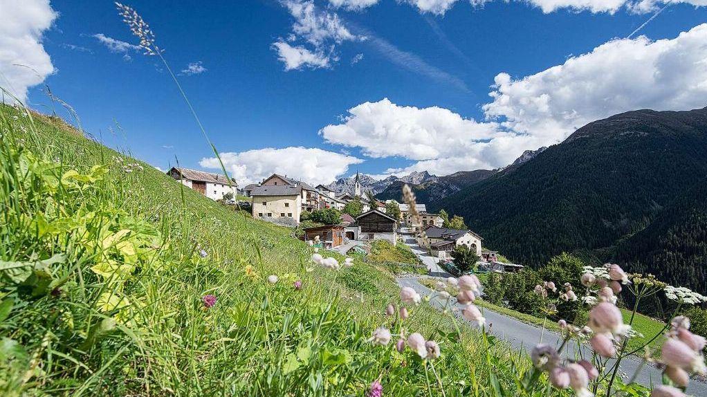 Guarda e ün dals prüms cumüns alpinistics in Svizra (fotografia: Dominik Täuber).