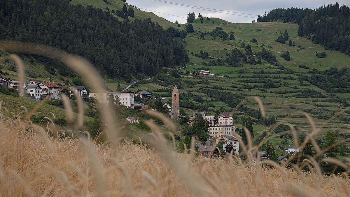 Tuot il perimeter dal cumün da Valsot, sülla fotografia as vezza la fracziun da Ramosch, dess dvantar üna part dal Parc da natüra regiunal (fotografia archiv: Nicolo Bass)