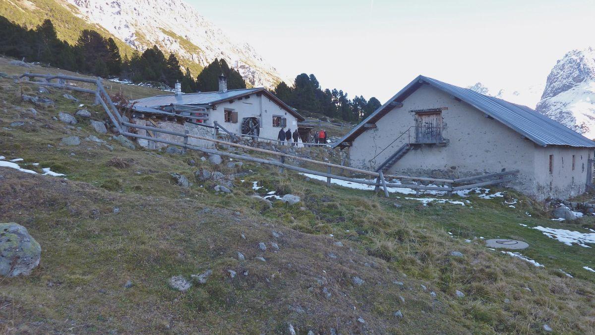 L'Alp Sprella illa Val Mora dvainta üna chamonna da la secziun dal CAS Engiadina Bassa Val Müstair (fotografia: mad).