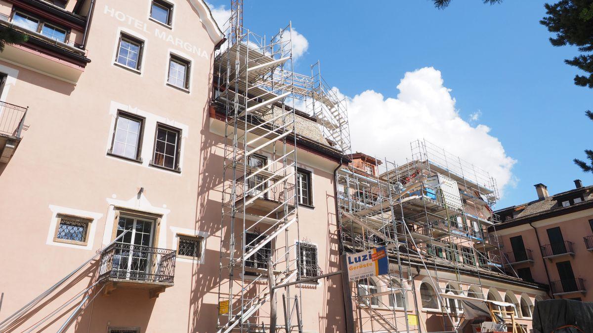 Das Parkhotel Margna in Sils bleibt diesen Sommer zu. Vor allem der Einbau des neuen Lifts erweist sich als knifflige Angelegenheit.