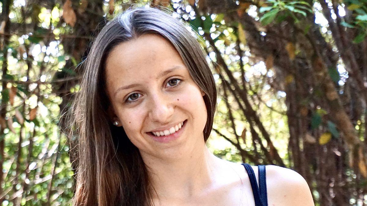Claudia Franziscus aus Sent hat ihre Ausbildung als Medizinische Praxisassistentin EFZ mit der Note 5,8 abgeschlossen (Foto: z.Vfg)