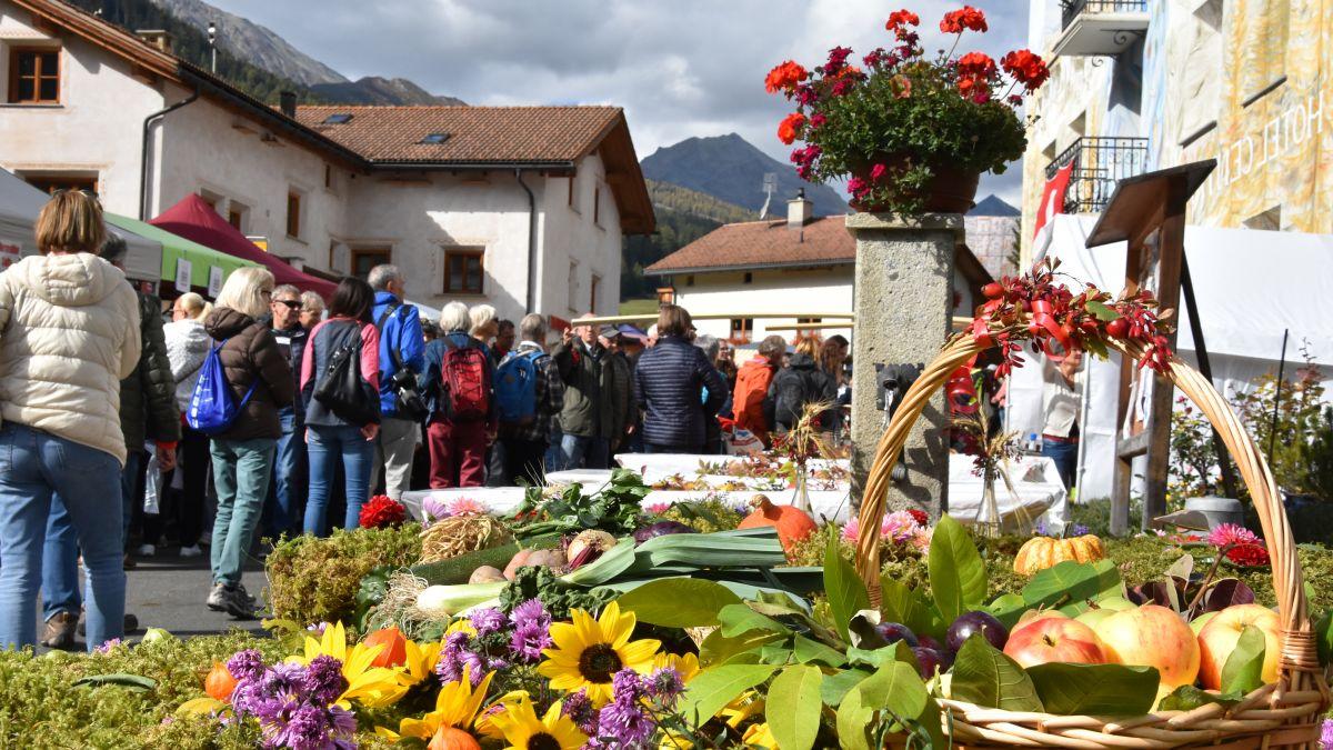 Ils organisatuors han sdit gio la Festa da la racolta da quist on in Val Müstair (fotografia archiv: Nicolo Bass).