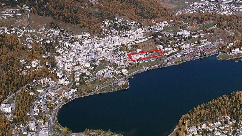 Im Zentrum von St.Moritz wird bald das Projekt «Serletta Süd» realisiert.Foto: Comet Photoshopping GmbH/Dieter Enz
