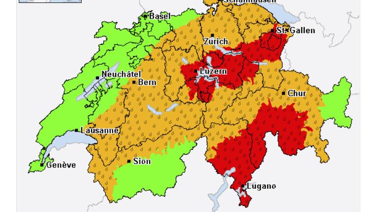 Die Übersichtskarte enthält eine Zusammenfassung aller Unwettergefahren bzw. aller Unwetterwarnungen sowie nützliche Wetterhinweise für die Schweiz. Screenshot: www.alarm.meteocentrale.ch/