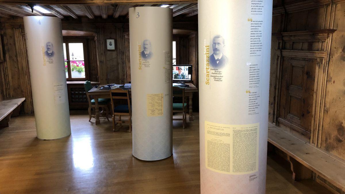 Blick in die Ausstellung zu Giovanni Andrea Scartazzini