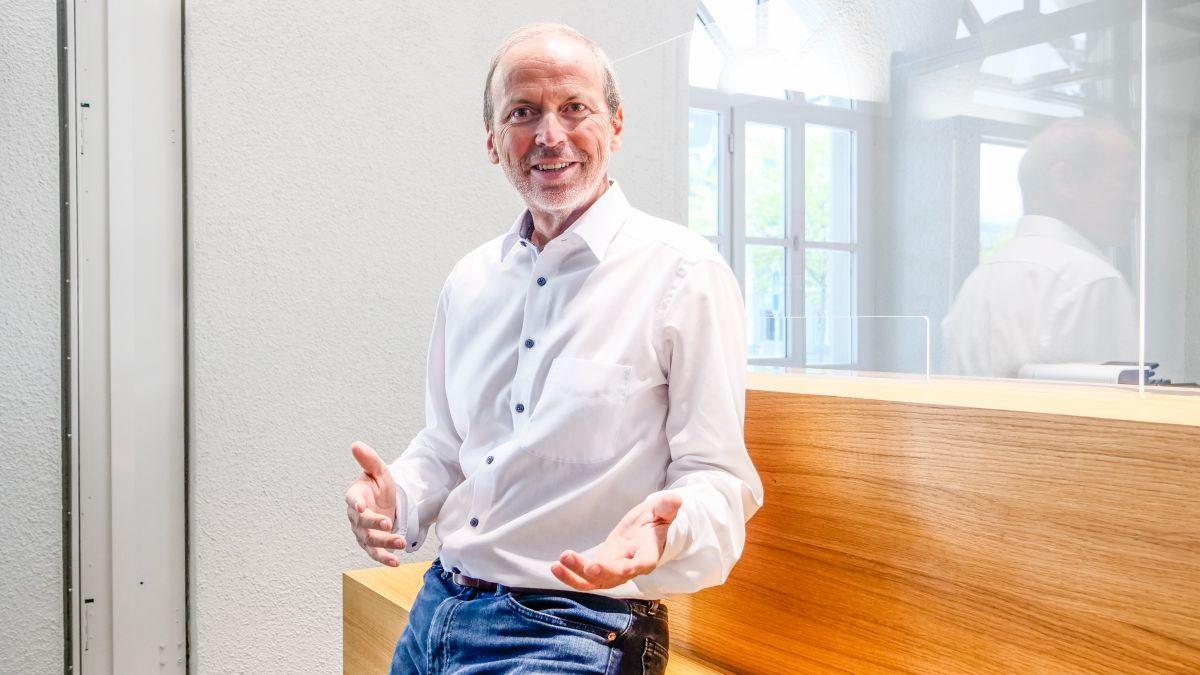 Der Scuoler Gesundheitsexperte Philipp Gunzinger hat massgeblich am Leitbild «Gesundheitstourismus Graubünden» mitgewirkt. Foto: Jon Duschletta