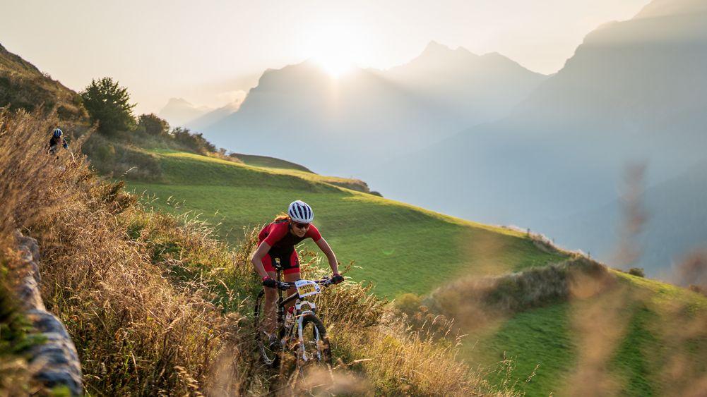 Am Samstag findet bereits der 20. Nationalpark Bike-Marathon statt (Foto: Engadin Samnaun Val Müstair).