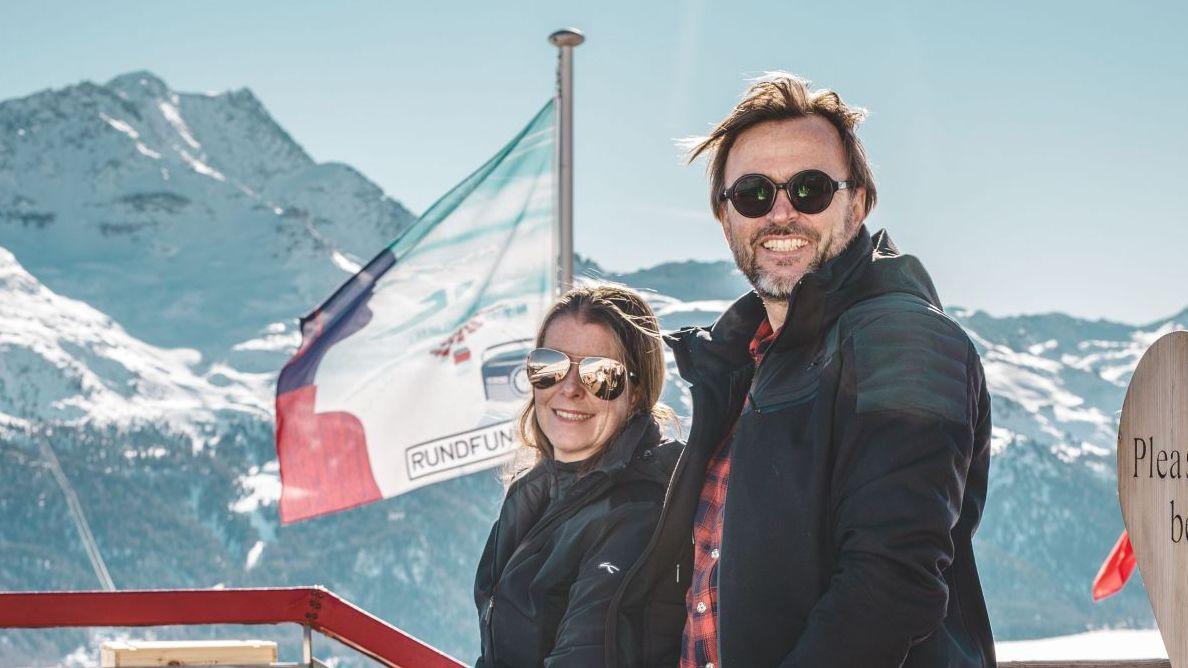 Anja und Hans Jörg Zingg verlassen das El paradiso. Foto: Benjamin Brockhoven