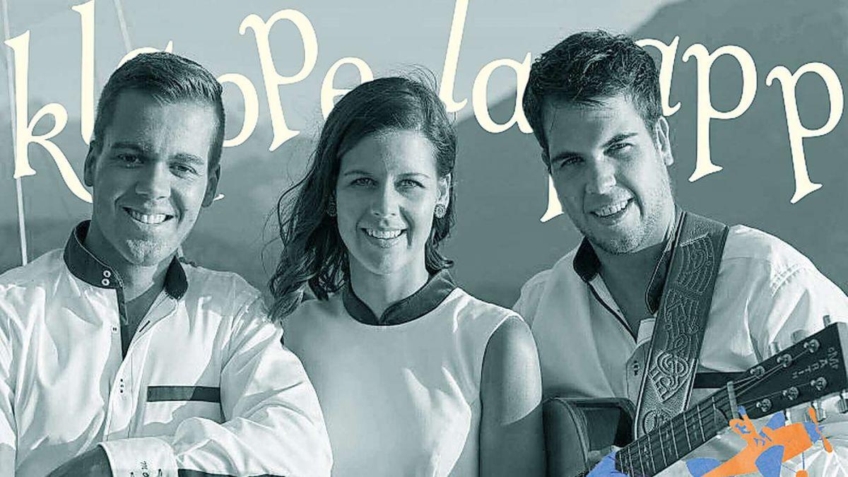 Klapperlapapp - «Das Märchen- und Geschichtenfestival - Il festival da las parevlas ed istorgias». Melanie Oesch trat mit ihren Brüdern Mike und Kevin auf und las aus ihren Kinderbüchern «Elin». Foto: Pontresina Tourismus