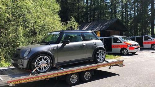 Eines der sichergestellten Fahrzeuge. Foto: Kantonspolizei Graubünden