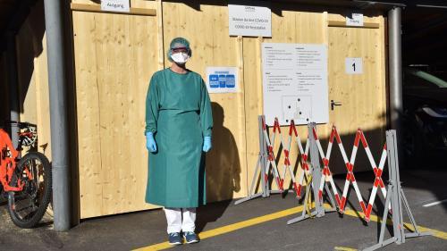 Die Covid-19-Test-Station ist vom übrigen Spitalbetrieb getrennt. Foto: z.Vfg.