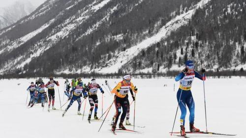 Nadine Fähndrich mit der Startnummer 19 beim 30-KM-Lauf. Foto: swiss-ski