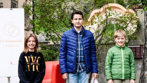 Ils vendschaders da Pledpierla 2021 – categoria 3./4. classa: Laila Thoma, Bruno Fernandes, Risch Cadonau (fotografia: Jon Duschletta)