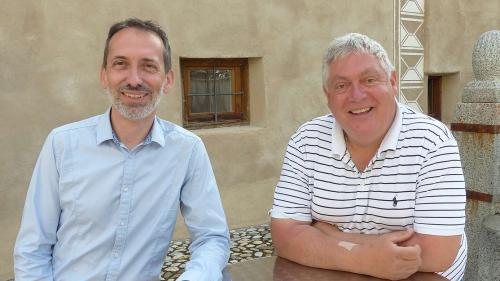 Il secretari general da la LR Diego Deplazes (a schnestra) e'l president da l'UdG Hermann Thom. fotografia: Flurin Andry