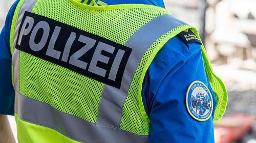 Soll die Gemeindepolizei St.Moritz bei Vergehen gegen das Betäubungsmittelgesetz Ordnungsbussen aussprechen dürfen? Ein Fraktionsauftrag der FDP verlangt das.  Foto: Daniel Zaugg